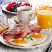Bread_Juice_Coffee_Ham_Breakfast_Fried_egg_Plate_519505_1280x847